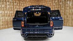 Trunk of the Rolls Royce Cullinan - HD Image on WallpapersQQ Rolls Royce Cullinan, Automobile, Trunks, Image, Amor, Car, Drift Wood, Tree Trunks, Autos