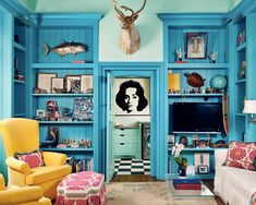 A modern Texan dwelling showcases bright, colorful interiors Source by architectangie Decor blue Home Renovation, Best Interior, Interior And Exterior, Modern Interior, Living Spaces, Living Room, Interior Design Inspiration, House Colors, Decoration