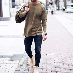 sweater & chelsea boots #men #style