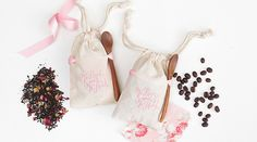 These DIY coffee bean and tea canvas printed bags as wedding favors are a cute way to thank your guests for coming with something they'll actually use!