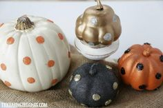 These easy DIY Glitter Glam Pumpkins are a perfect way to add some bling to your fall decor. This easy craft can be customized any way you like. Diy Pumpkin, Pumpkin Crafts, Pumpkin Carving, Holiday Crafts For Kids, New Crafts, Easy Crafts, Easy Diy, Funny Kid Halloween Costumes, Halloween Crafts