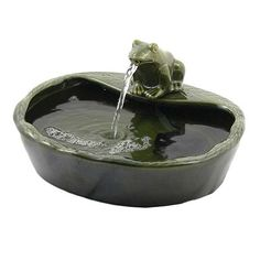 Solar Powered Ceramic Green Frog Water Fountain (Solar Powered 180LPH Green Frog Water Fountain)