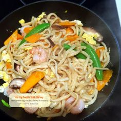 recipes] Homemade Asian Noodle using Philips Noodle Maker Noodle Recipes, Pasta Recipes, Phillips Pasta Maker Recipes, Spicy Asian Noodles, Noodle Maker, Singapore Food, Fresh Pasta, Homemade Pasta, Food Reviews