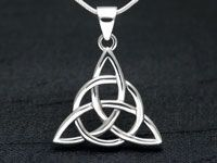 Celtic Triquetra Knot Pendant in Silver