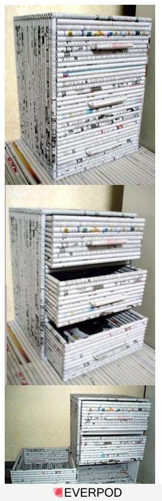 Petit meuble à tiroir en papier recyclé