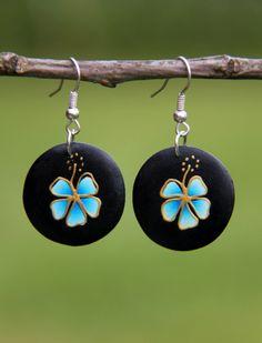 """Dřevěné náušnice """"Modré květy"""""""
