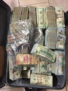 Money Mood Quotes - Money Cash How To Make - Dollar Money Aesthetic - Money Aesthetic Brown Make Money Online, How To Make Money, Diy Online, Mo Money, Money Bill, Cash Money, Money On My Mind, Money Pictures, Dollar Money