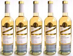 """Zažite unikátny """"Blanc de Noir"""" alebo biele víno z modrého hrozna - Cabernet Sauvignon Biely z vinárstva Zápražný   Nájdete ho v našej predajni alebo na ......... www.vinopredaj.sk.......... #cabernetsauvignon #biele #vino #wine #wein #zaprazny #vinarstvo #winemaker #blancdenoir #milujemevino #pijemevino #vinomilci #winesfromslovakia #winesofslovakia #white #slovensko"""