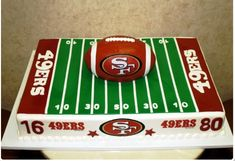 football cake, groom's cake but huskers. Pinning because Mitch told me to. Football Birthday, Boy Birthday, Birthday Cakes, Football Wedding, Football Grooms Cake, Football Cakes, Cowboys Football, Football Field, American Football