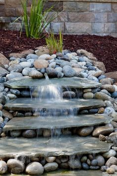 "a beautiful ""pondless"" water feature...would also look great without water in a garden... #Waterfeatures  #WaterGarden"