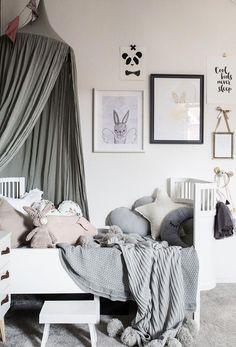 Grey children's room with lots of details – Paul & Paula Graues Kinderzimmer mit vielen Details – Paul & Paula Baby Boy Rooms, Baby Bedroom, Girls Bedroom, Boho Deco, Carpet Colors, New Room, Barnrummet, Kids Room, Room Decor