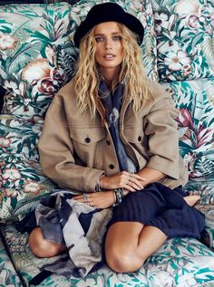 Model Helena Houdova looks ready for sunny weather in the April 2015 cover story from ELLE Czech. In front of the lens of Branislav Simoncik, the blonde babe wears lightweight and dreamy looks from the spring collections styled by Jan Kralicek. With tousled, beach ready waves and understated makeup at the hands of beauty artist …