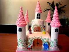 Google Image Result for http://www.girlsbirthdaycakes.org/wp-content/uploads/2012/08/Girls-Birthday-Cakes-11.jpg