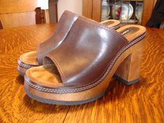c0d4710b3c2 Candies brown high heel open toe clogs