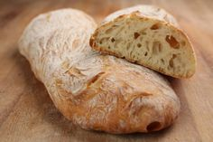 The ciabatta, a tasty italian bread for meals Pan Bread, Bread Baking, Italian Bread, Easy Bread Recipes, Our Daily Bread, Oven Cooking, Afternoon Snacks, How To Make Bread, Baguette