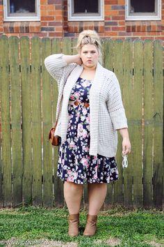 Aussie Curves Danimezza Plus Size Blogger Outfit Blonde Curvy Floral Neon Dress ASOS Curve Ezibuy Knit Ankle Boots HIPSTER-1