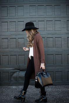 What I pair with black leggings #styleblogger