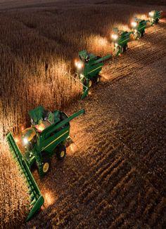John Deere Night Harvesting