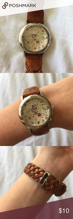 Francesca's floral watch Francesca's floral watch. Battery still operates. Adjustable to any size. Only worn a couple of times Francesca's Collections Accessories Watches