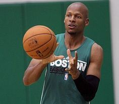 Ray Allen spurns Celtics, picks Heat