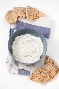 This vegan cream cheese is super healthy, easy to make, so inexpensive and tastes really good. Feel free to add your favorite ingredients! Vegan Cheese Recipes, Vegan Cream Cheese, Vegan Sauces, Cream Cheese Recipes, Raw Food Recipes, Healthy Recipes, Drink Recipes, Free Recipes, Healthy Food