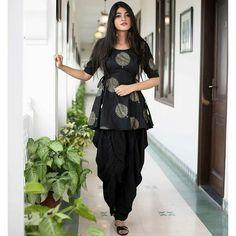 black dhoti pants with peplum tops - Indian Dresses - Wear Combin Indian Fashion Dresses, Indian Gowns Dresses, Dress Indian Style, Indian Designer Outfits, Pakistani Dresses, Indian Outfits, Indian Designers, Salwar Designs, Kurta Designs Women