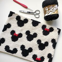 Mickey Zipper Pouch The Mickey Zipper Pouch is crocheted using the modified single crochet stitch for tapestry crochet which creates straight vertical lines of stitches. You can learn how to do th…