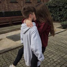 Couple goals <3  #relationships #love #lovers #lovely #stylish #couples #teenagers #moodylovers #streetwildcouples