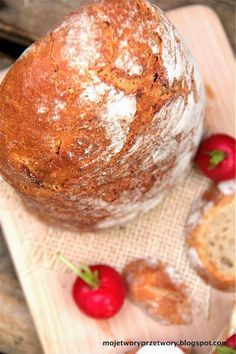 MojeTworyPrzetwory: Chleb polski II - pszenno-żytni na zakwasie Our Daily Bread, Polish Recipes, Scones, Baked Potato, Camembert Cheese, Food To Make, Food And Drink, Menu, Cooking