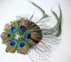 peacock feather blue and green facinator.it's lovely! by robyn Wedding Hats, Headpiece Wedding, Fascinator Hats, Fascinators, Headpieces, Feather Art, Offbeat Bride, Love Hat, Purple Roses
