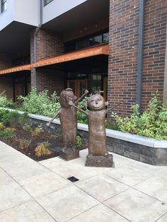 Lake Oswego, Portland Oregon, Small Towns, Garden Sculpture, Patio, City, Building, Places, Outdoor Decor