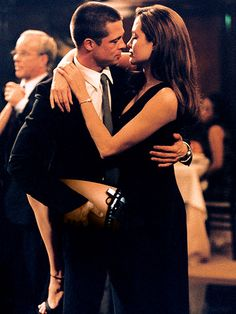 Brad Pitt, Angelina Jolie in Mr. and Mrs. Smith