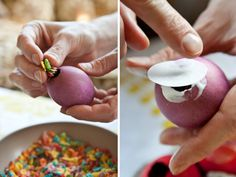 Filled Easter eggs, one filled with gold glittler, others filled with confetti, bird seed or fruity pebbles. the person who gets the gold glitter egg smashed on their head wins the prize. cute idea for an out door easter egg hunt and game. Confetti Eggs, Diy Confetti, Glitter Confetti, Easter Crafts, Holiday Crafts, Holiday Fun, Easter Ideas, Easter Brunch, Easter Party