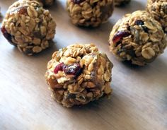 This recipe for no-bake granola balls is ridiculously easy to make, chewy and super healthy — each ball is like a burst of energy!