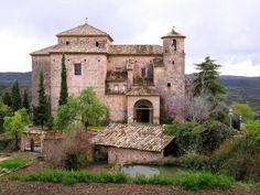 Alquézar (Alquezra en aragonés) es un municipio de la comarca Somontano de Barbastro , en la Provincia de Huesca , Comunidad Autónoma de Aragón , España