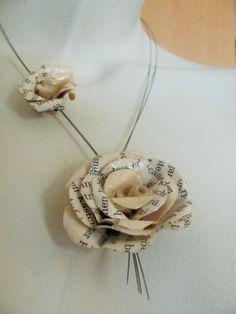 Ketten kurz - UPCYCLING Schmuck Kette Rosen Papier - necklace  - ein Designerstück von BRI-Anderswelt bei DaWanda