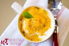 Zupa marchewkowa z imbirem Carrot Cream, Carrot Ginger Soup, Cream Soup, Meatless Monday, A Table, Food To Make, Carrots, Vegetarian Recipes, Fruit