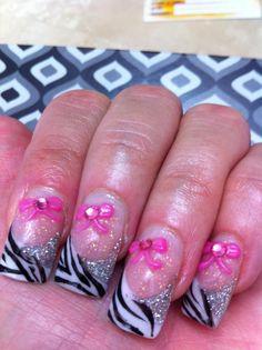 uñas acrilicas french, naturales, decoradas sencillas, decoracion en 3D , uñas que brillan en la obscuridad pedicure manicure etc etc Gelish Nails, Pretty Nails, Nail Art Designs, Acrylic Nails, Beauty, Nice, Hair, Sculpted Nails, 3d Nails