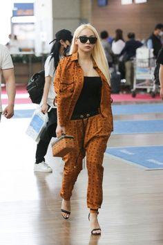 #CL #Chaerin #leader #2NE1 #airport