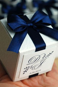 Wedding Gifts For Guests Navy Blue Wedding monogram bonbonniere. Personalized Favor box with satin ribbon, bow and tag. Elegant wedding favor boxes for guests - Wedding Candy Table, Candy Wedding Favors, Wedding Gift Boxes, Wedding Gifts For Guests, Wedding Favors Cheap, Homemade Wedding Favors, Creative Wedding Favors, Inexpensive Wedding Favors, Elegant Wedding Favors