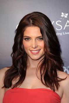 Actresses with Long Dark Hair [Slideshow]