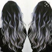 balayage metallique argente sur cheveux bruns