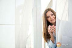 Krásné bílé záclony budete mít nejen s pomocí chemie, ale zkuste i babské recepty. Foto: ©Depositphotos.com/yacobchuk1