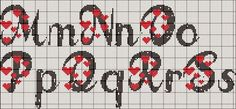 Monograma de coração para desejar a todas vocês um ótimo fim de semana.    Beijos!!! Cross Stitch Alphabet Patterns, Cross Stitch Letters, Cross Stitch Heart, Cross Stitch Designs, Letras Abcd, Plastic Canvas Letters, Heart Font, Graph Paper Art, Letter Stencils