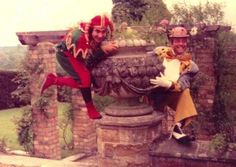 Oliver Reed and Keith Moon, Broome Hall. LOVE this one!