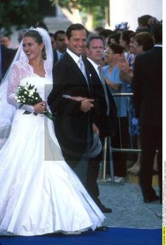 The wedding of Princess Adelaide d'Orleans and Pierre-Louis Dailly took place on June 1st, 2002, at the Church of Santa María Magdalena, in Villamanrique de la Condesain (near Sevilla), Spain .  The civil ceremony took place in Fontainebleau (France), on April 27th 2002.