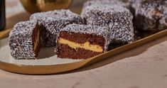 Baileyses krémmel töltött kókuszkocka recept | Street Kitchen Tiramisu, Cheesecake, Cooking, Ethnic Recipes, Food, Drinks, Sweets, Essen, Kitchen