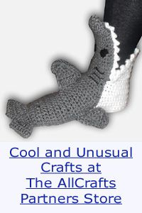 Over 300 Free Crocheted Scarf Patterns
