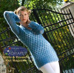 Sutherland pullover - free crochet pattern:  http://www.adriafil.com/html/img/riviste/mag43/modelli/file_istruzioni/uk/Pullover%20Sutherland.pdf