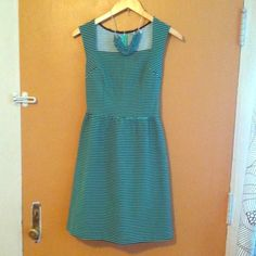 """Merona bias cut dress Navy and green bias cut dress, so flirty and feminine. Navy and green stripes, darted bust, slightly pleated waist with pockets. Zips up the back. Never worn! Measures approx 35"""". Size small. 68% cotton, 30% polyester, 2% spandex Merona Dresses"""
